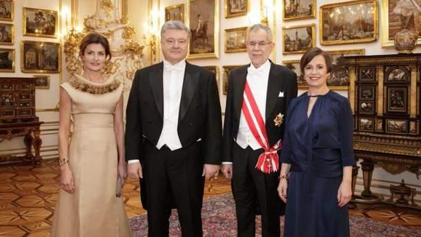 Дипломат оприлюднив подробиці поїздки Порошенка на Віденський бал