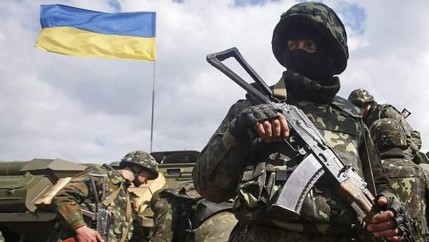 Более часа противник обстреливал украинских военных