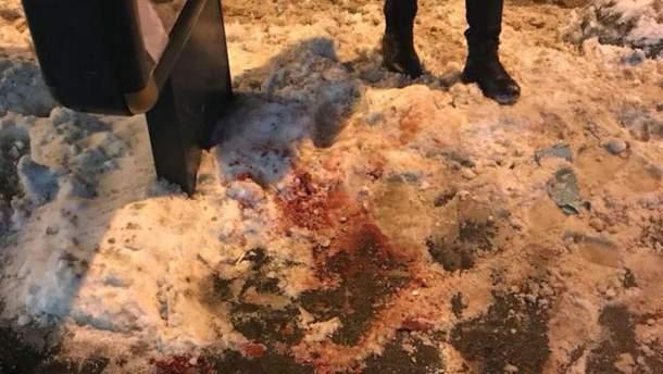 Девушка устроила резню в центре Львова