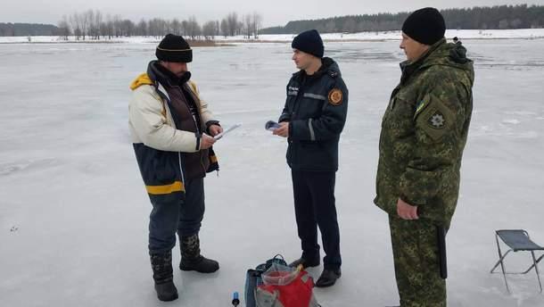 Рятувальники озвучили кількість загиблих через тонкий лід на водоймах