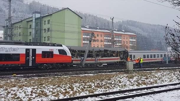 Столкновение поездов в Австрии