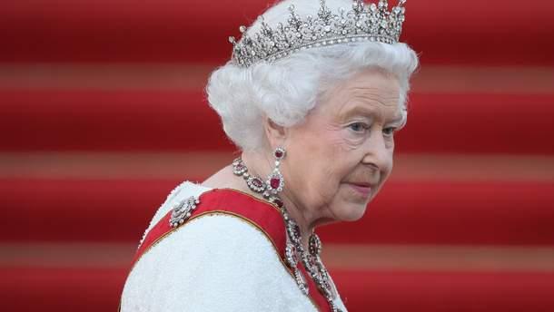 Елизавете II тайно выбирают преемника в Содружестве наций
