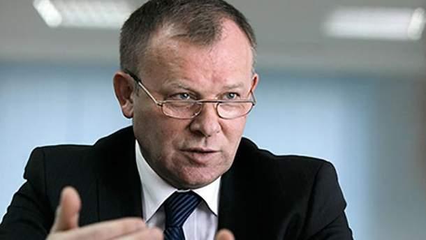 Виктор Микулин