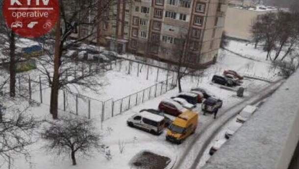 Мешканець погрожує підірвати будинок у Києві