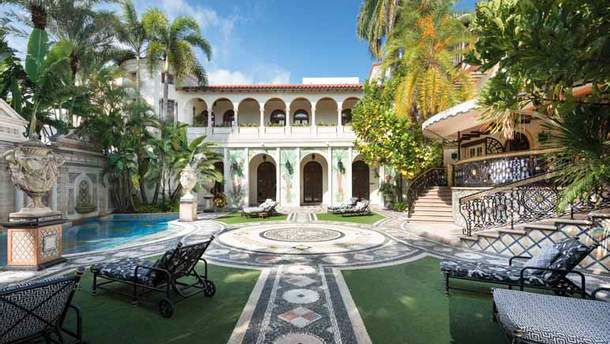 Де жив і загинув Джанні Версаче: розкішні фото з вілли у Маямі