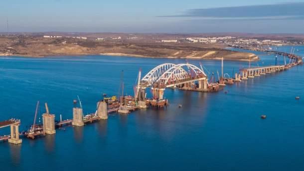 Омелян прокоментував будівництво Кримського мосту