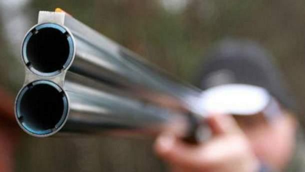 Во Львове мужчина открыл стрельбу из окна дома