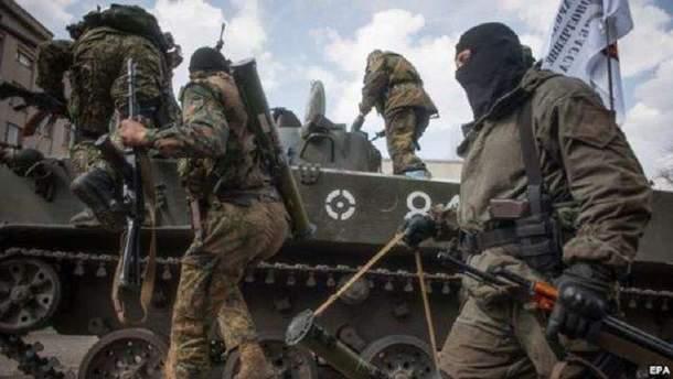 Боевики поехали в Россию за автомобильной и бронированной техникой