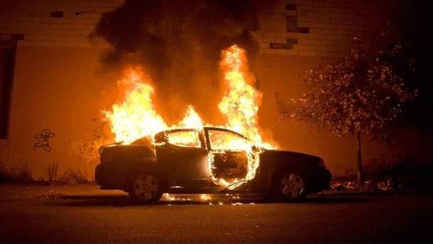 В Одесі невідомі підпалили авто судді