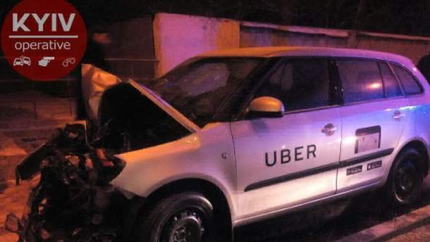 ДТП с авто Uber произошла ночью в Киеве