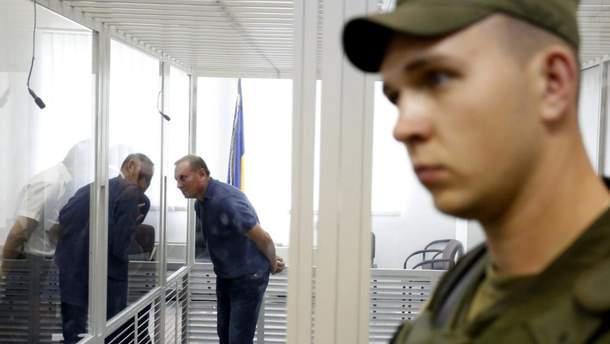 Александр Ефремов во время судебного заседания