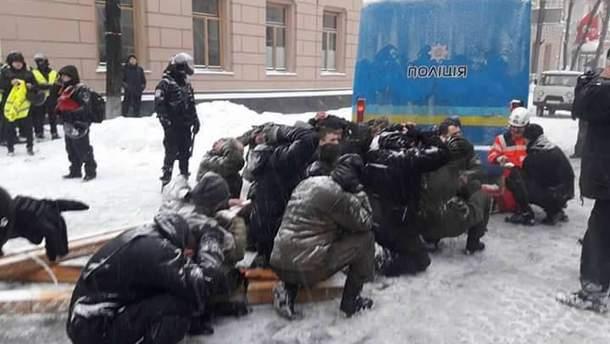 Правоохранители разогнали палаточный городок под Радой