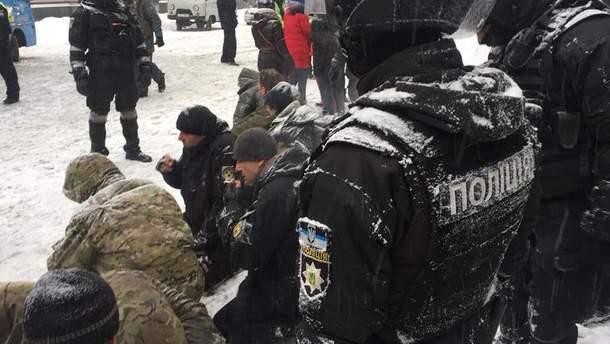 Задержанные под Радой активисты