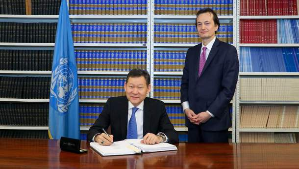 Казахстан подписал Договор о запрещении ядерного оружия