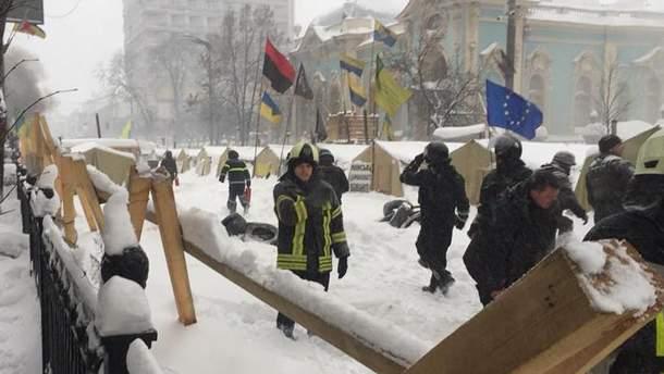 Штурм наметового містечка під Радою 3 березня