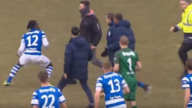 Драка после матча Go Ahead Eagles и De Graafschap