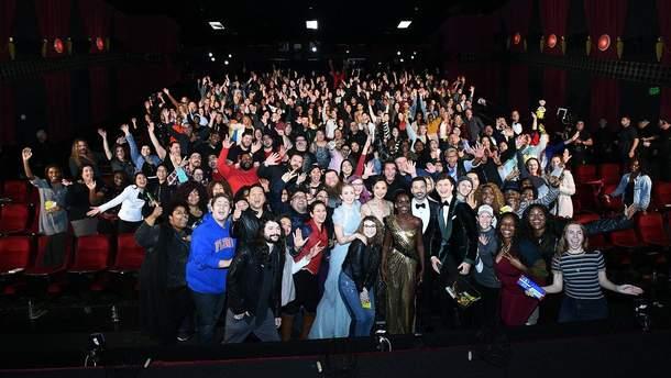 Зірки Оскару 2018 приголомшили фанатів своїм візитом з цукерками: відео