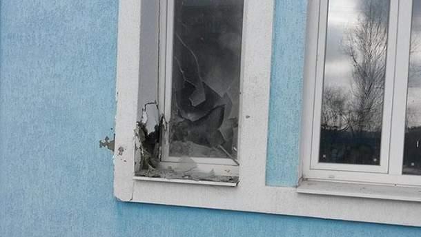 На Луганщине боевики нарушили перемирие и обстреляли жилые объекты