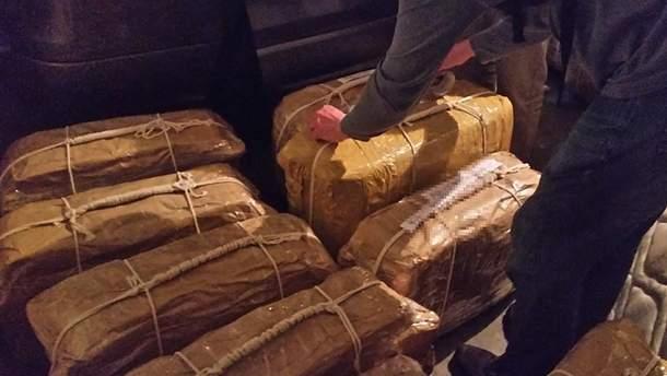 """Наркобагаж из Аргентины: российские дипломаты и спецслужбы """"прикрывают"""" контрабанду наркотиков уже много лет"""