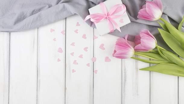 Привітання з 8 березня українською мовою для мами, дружини, бабусі