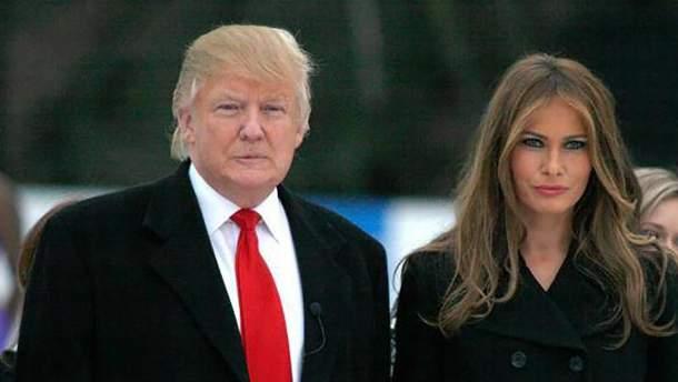 Дональд Трамп привселюдно образив Меланію