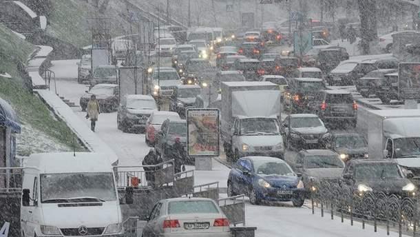 10-бальные пробки парализовали вечерний Киев