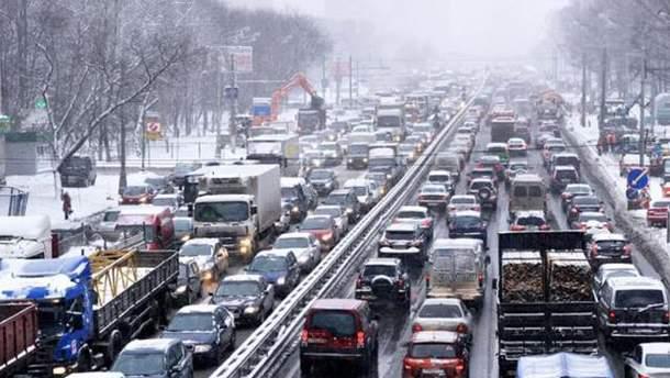 В преддверии 8 марта Киев парализовали 9-бальные пробки