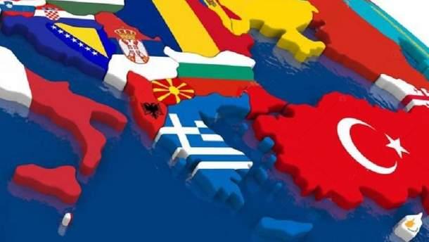 Россия давит на Балканы