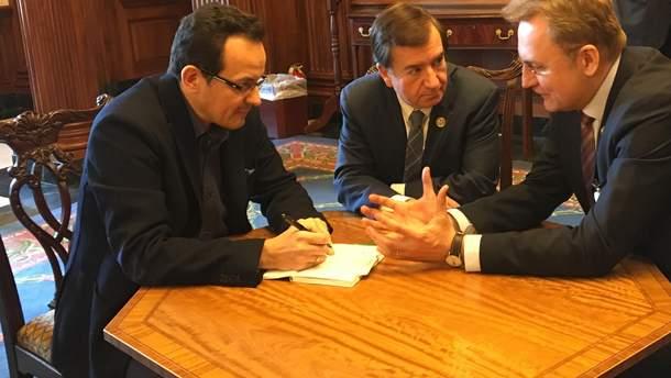 Андрей Садовый и Олег Березюк встретились с Эдом Ройсом в США