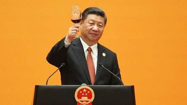 Сі Цзіньпін може довічно керувати Китаєм