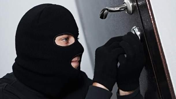 У Києві пограбували французького дипломата
