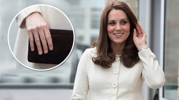 Кейт Миддлтон поразила пальцами одинаковой длины