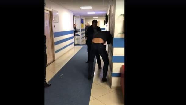 """Нардепи влаштували серйозну бійку через """"правки Лозового"""""""