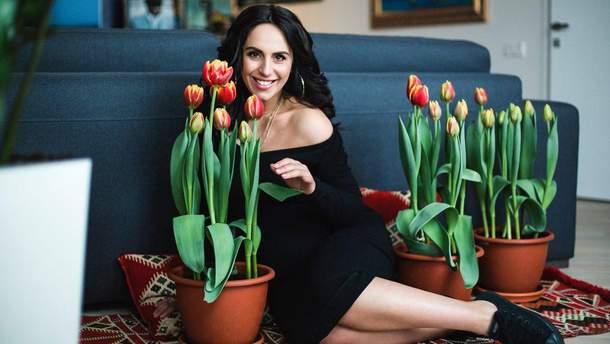 """Джамала с тюльпанами """"Jamala"""""""