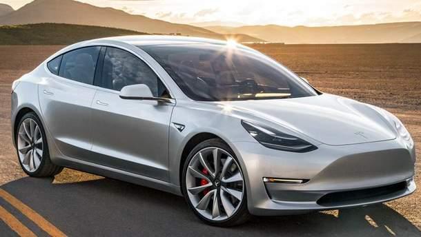 Tesla Model 3 проехала несколько миль без заряда аккумулятора