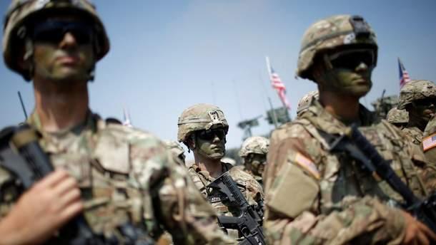 США и Южная Корея возобновят совместные военные учения