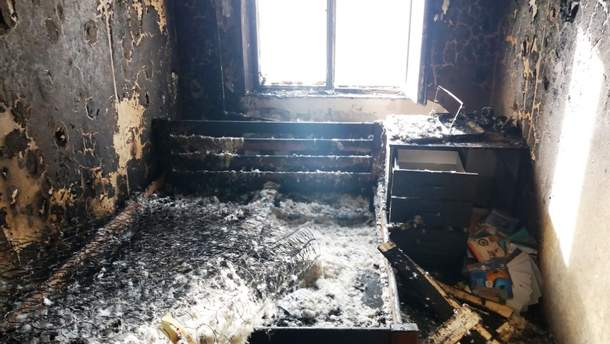 У Чернігові 7-річний хлопчик підпалив квартиру, бо грався сірниками