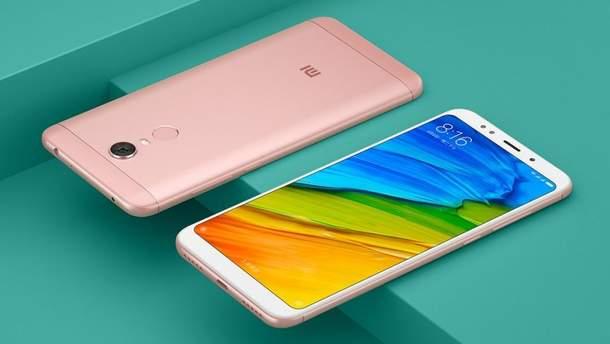 Флагман от Xiaomi занял первое место в TOP-10 самых популярных смартфонов недели