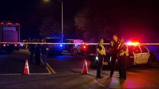 Чоловік, який, імовірно, надсилав вибухові посилки в Остіні, підірвав себе