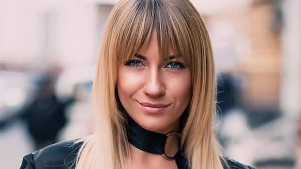 Леся Никитюк пришла на радиоэфир в купальнике
