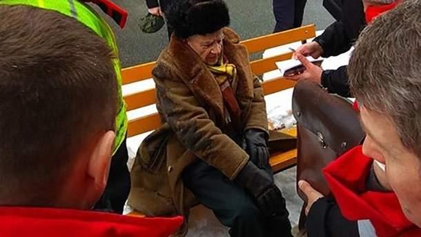 Потерпілого у ДТП з президентським кортежем прооперували