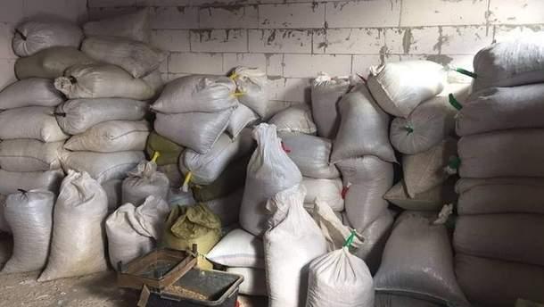 На Житомирщині виявили понад три тонни бурштину