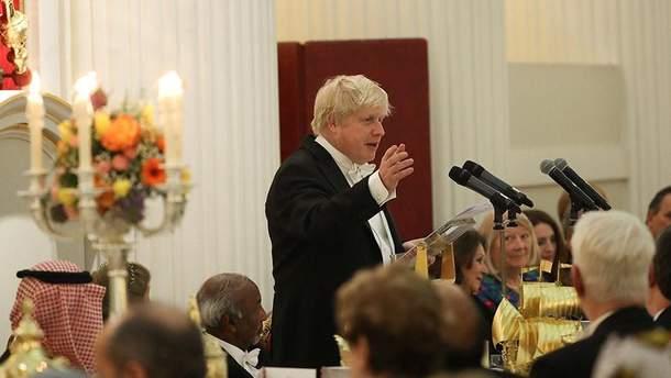 Борис Джонсон объяснил, почему Великобритания противостоит России