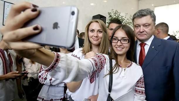 Від сьогодні в Україні почав працювати 4G, –Порошенко