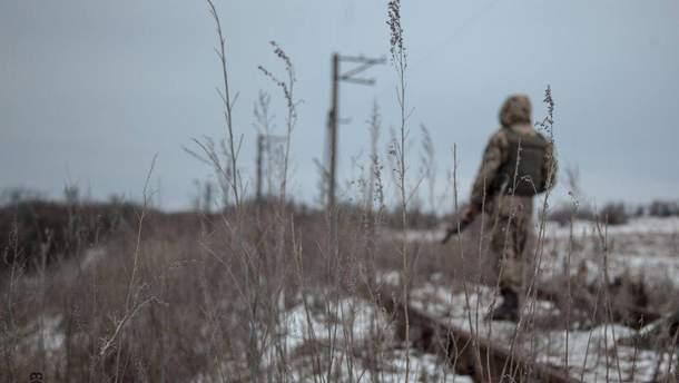 На Донбассе от вражеских пуль погиб украинский воин, еще трое ранены