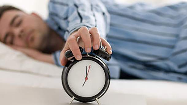 3 звички, які шкодять вашому сну