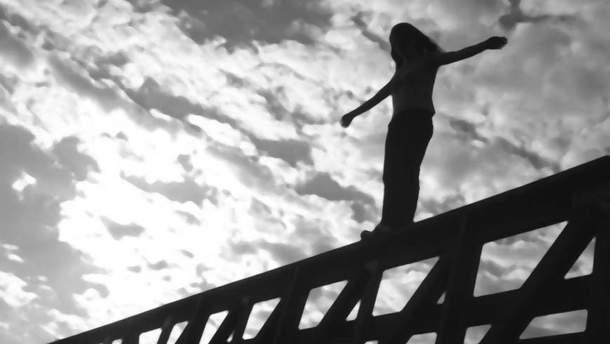 На Ровенщине учительница бросилась в реку с 15-метрового моста