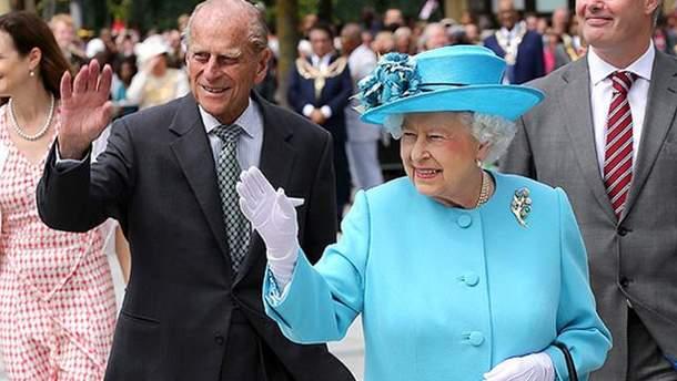 Супруга королевы Елизаветы II Филиппа госпитализировали