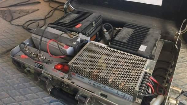 На крыше Волынского областного совета нашли чемодан с аппаратурой для прослушивания