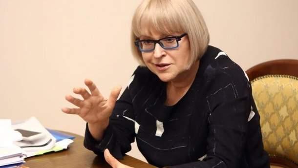 Студенты-медики требуют восстановить в должности экс-ректора Амосову